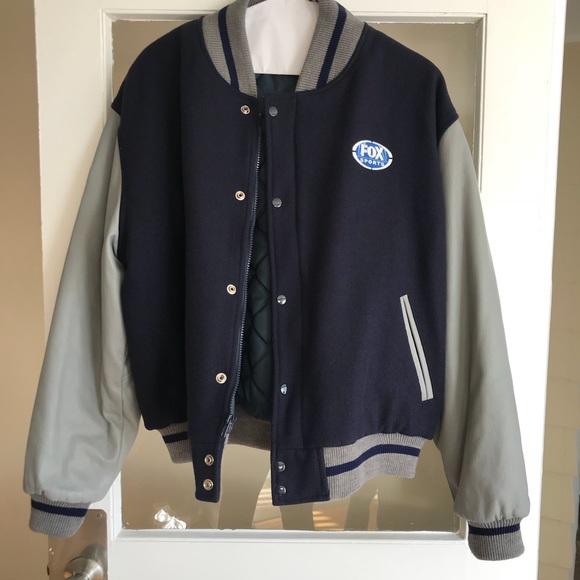 hot sale online 14642 9a600 Vintage NFL on FOX oversized bomber jacket